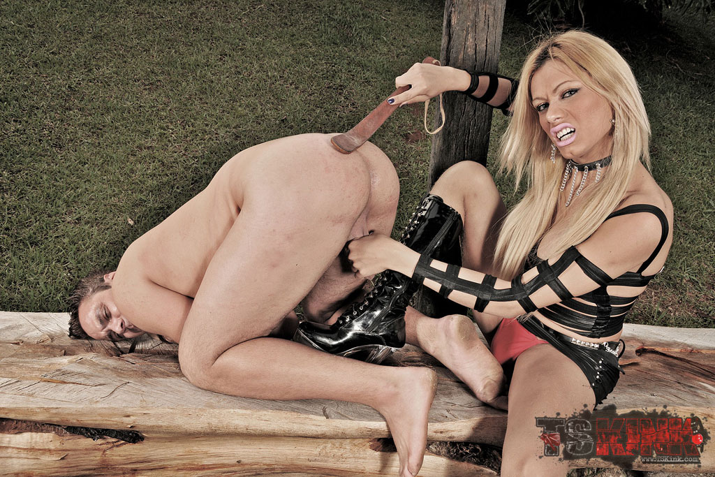 shemales-play-with-their-slave-boy