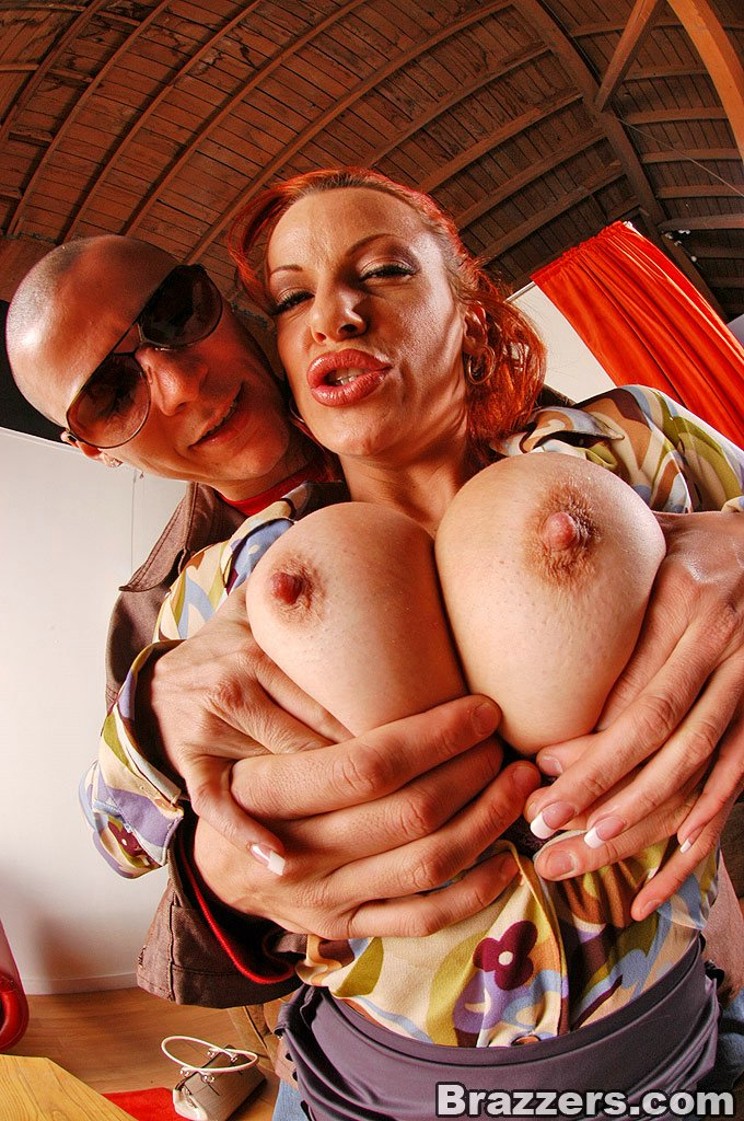 Big Titted Milf Shannon Kelly Getting Her Tight Cunt Fucked By Big Cock 31