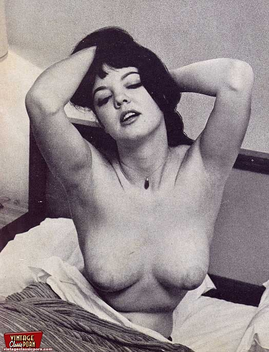 voluptuous Vintage nude hairy women