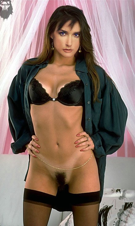 Demi moore hairy vagina picture