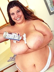 Big Boobed Plump Playing and Posing in the Kitchen