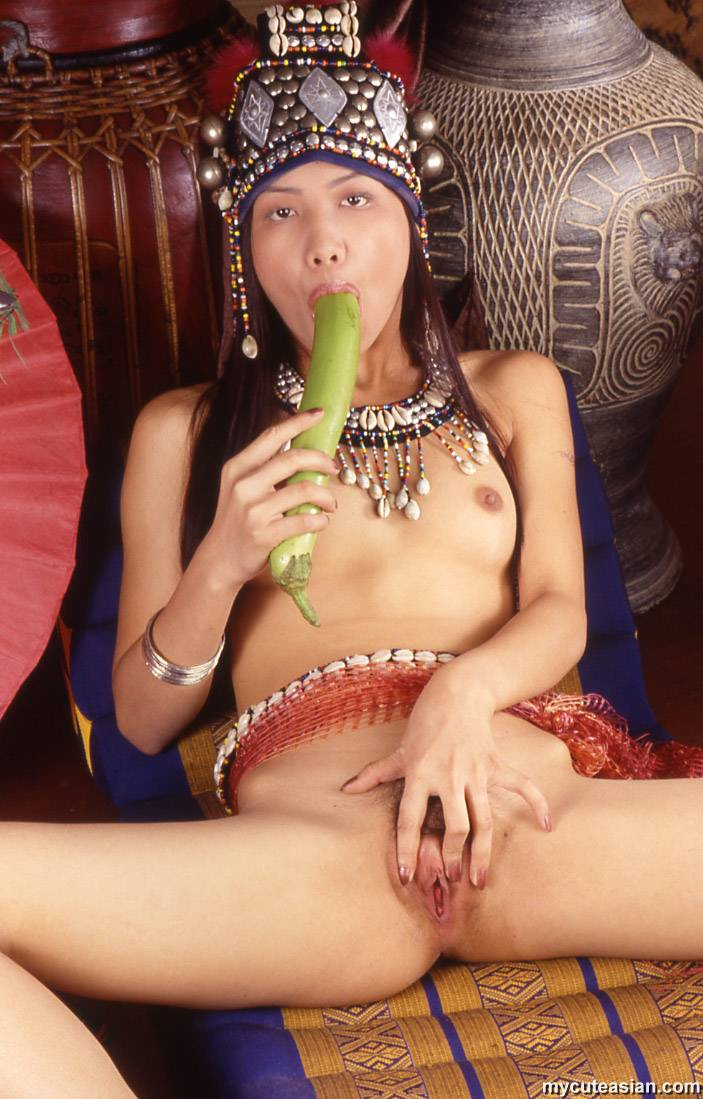 asian-wet-open-pussy-ivory-coast-girls-pussy-pic