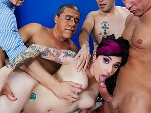Joanna Angel showed them who's the boss in this years election